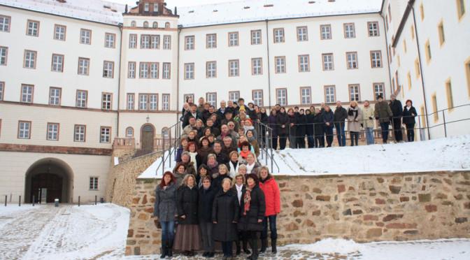 Großer Chor Hoyerswerda vor Schloss Colditz 20.01.2013