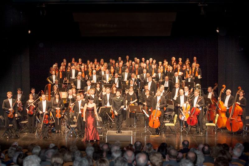 """2. Anrechtskonzert mit """"Magnificat"""" am 18.04.2013 im Theater Bautzen"""
